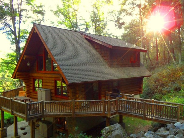 Pet Friendly Luxury Log Cabin With Hot Tub Fireplace